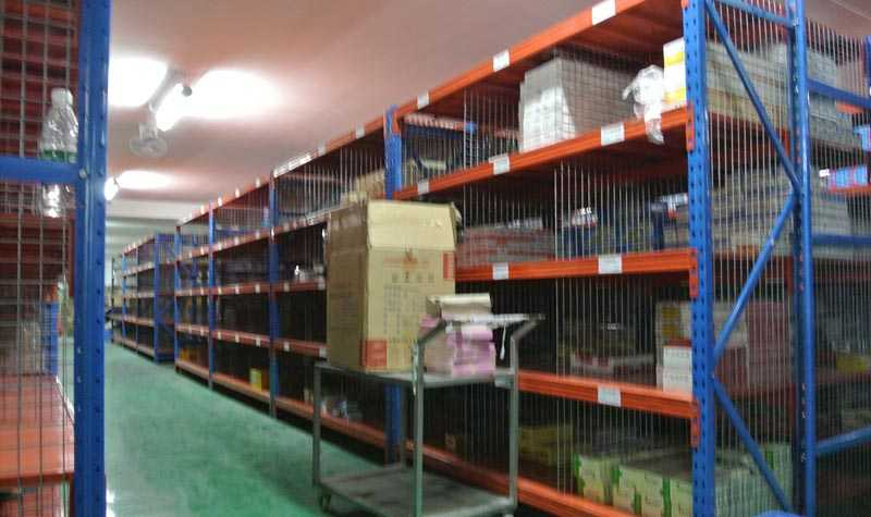 外贸公司仓库重型货架安装